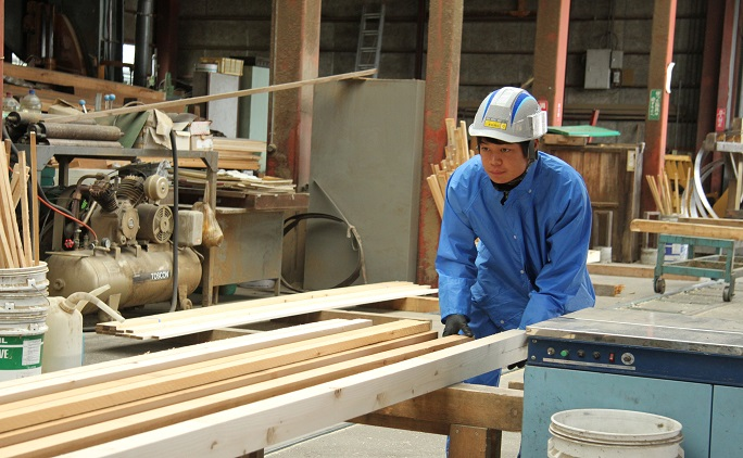 丸十木材 株式会社